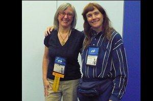 Julie Czerneda et Michèle, lors de l'atelier