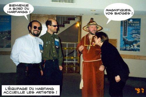 Le capitaine du Harfang recoit les artistes