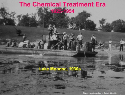 Traitement chimique au sulfate de cuivre du lac Monona -Photo: Madison Dept. Public Health