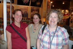 Julie Martel, Francine Pelletier, derrière: Geneviève?