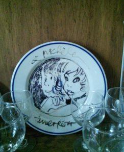 Une assiette signée dans un restaurant... je ne dirai pas lequel! Walthéry a ajouté Walter derrière natacha car j'étais avec mon mari!