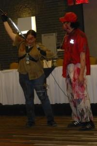 Genevieve Blouin et Joel en zombie capturé