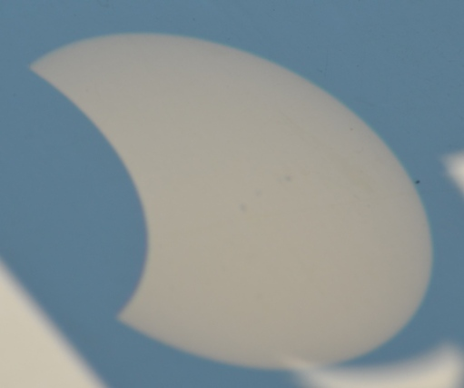 DSC_0697.ProjectionFinEclipse3tachesJPG
